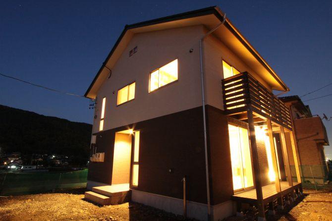 明かりを楽しむ家