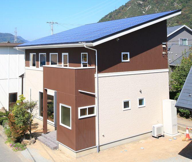 <ローン0円住宅>太陽光15.68kw搭載の二世帯住宅