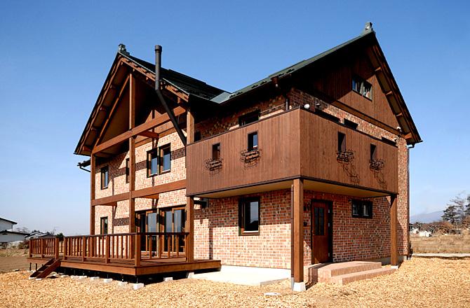 丘の上の煉瓦の家