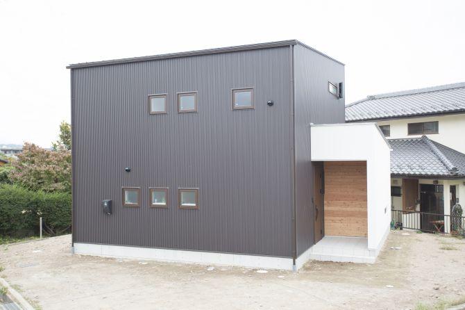 【R+house】大切なモノ、トキと暮らす家