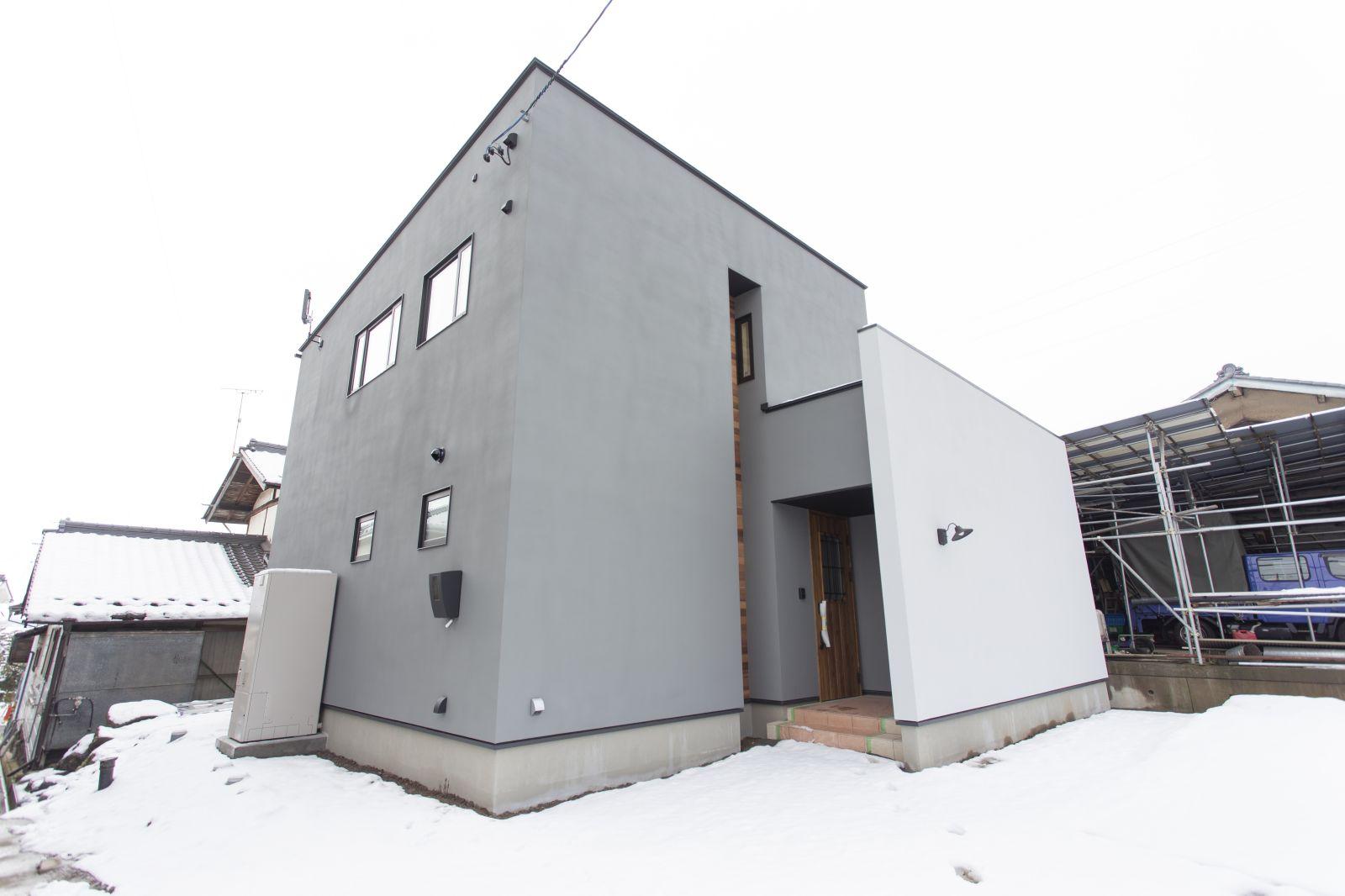 【新築】佐久市桑山-R+house