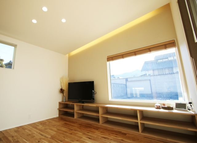 上田市下塩尻-R+house